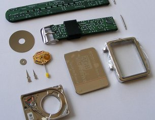 HDD Watch Review - It's more than 8-bits!